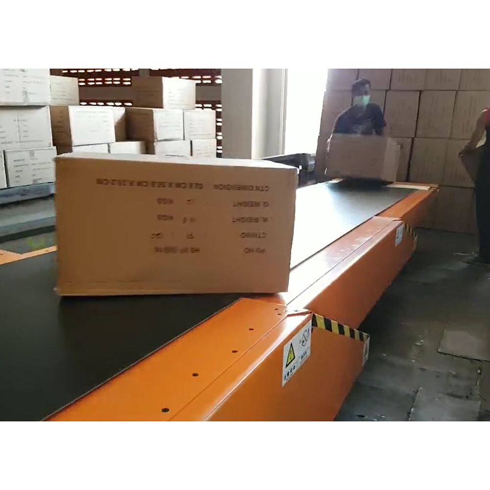 Telescopic belt conveyors extendable used for loading truck