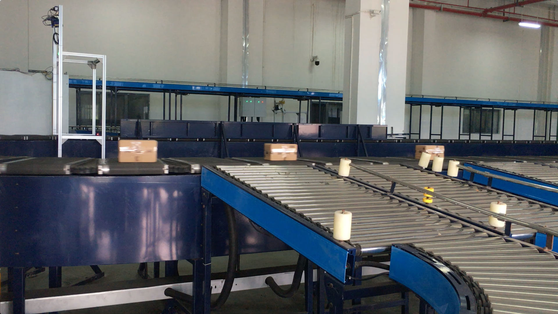 Circular Cross Sorting Belt Conveyor