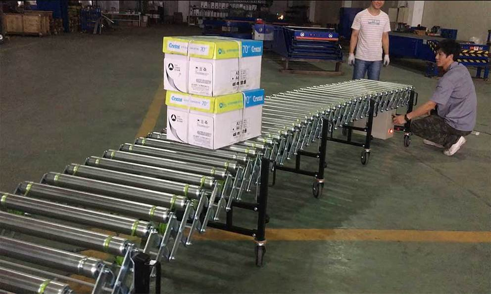 Motorized Flexible Powered Extendable Roller Conveyor